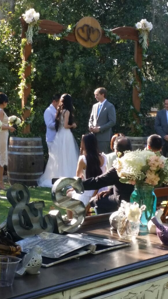 Wedding at Brave Horse Winery 2015