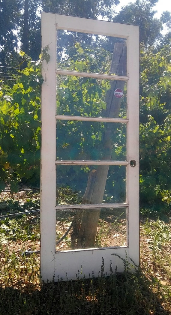White Glass Door rentals from Brave Horse Winery